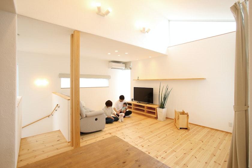 【石川】飛鳥住宅株式会社_体に安心・安全な無添加住宅。 漆喰壁にムクの床。素材の変化も楽しみの1つ