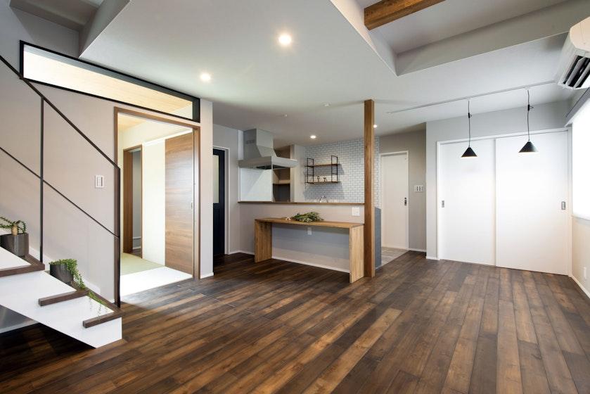 【富山】有限会社フジホーム_ヴィンテージスタイルの家で、快適に過ごす!