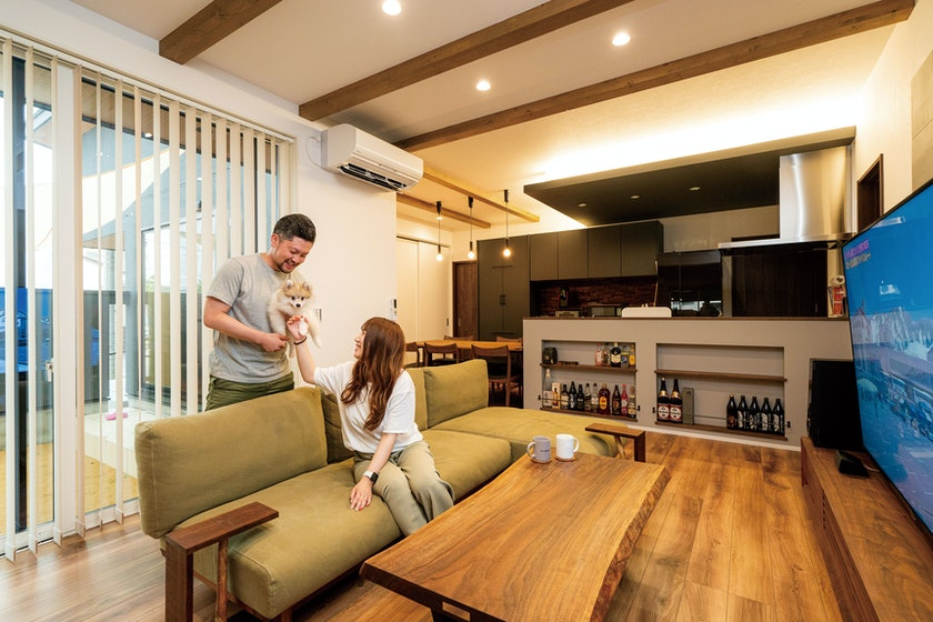 【富山】カッコよさと暮らしやすさを両立させた2世帯住宅